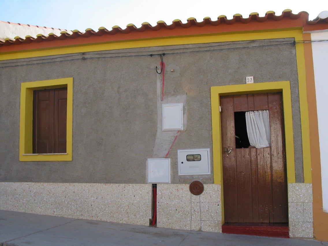 Casa onde nasceu Eunice Munõz Foto da autoria de Artur Anjos